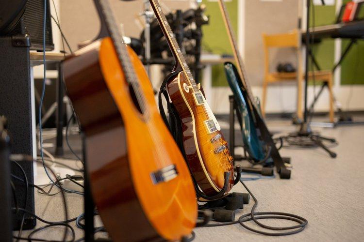 Nuorten tilassa musisoidaan